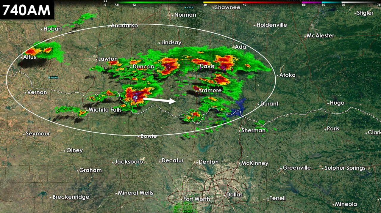 745AM: Storms increasing along the Red River in southern Oklahoma; Will move into Northeast Texas