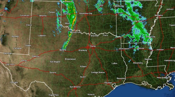 Showers/Storms with Strong Winds expected in N. TX Tonight