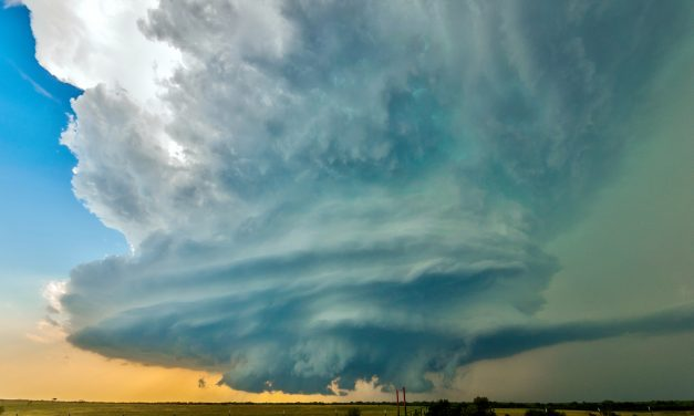 #WeatherWednesday – Supercell Thunderstorms