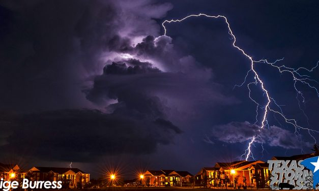 #WeatherWednesday – Positive Lightning